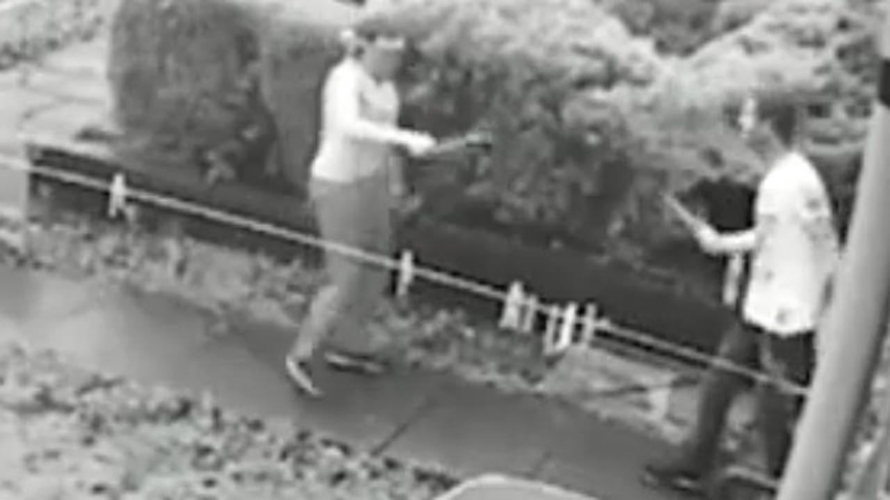 En Garde! Knife Duel Breaks Out As British Neighbors Fight Over Girl