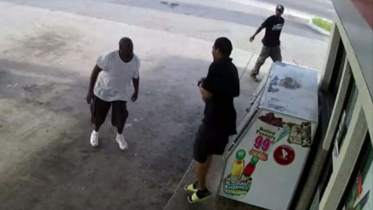 Badass store clerk brawls with beer thieves