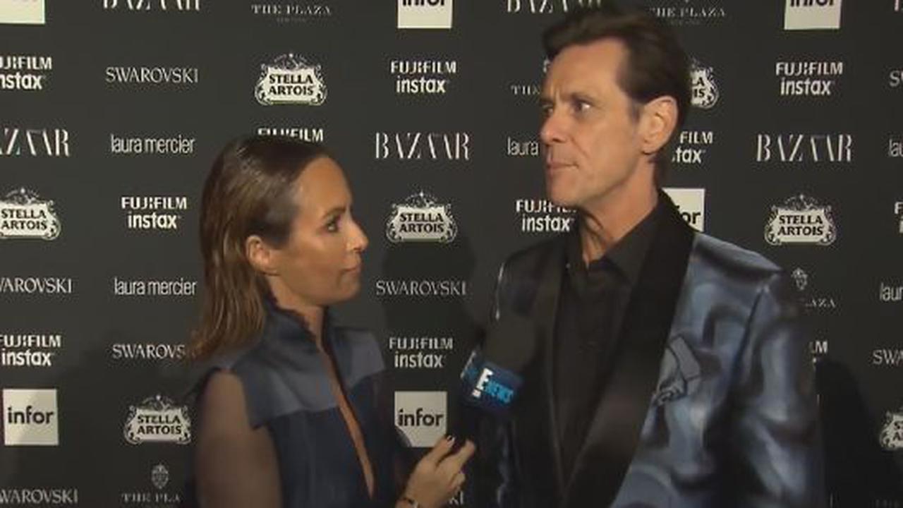 Jim Carrey Trolls Fashion Week
