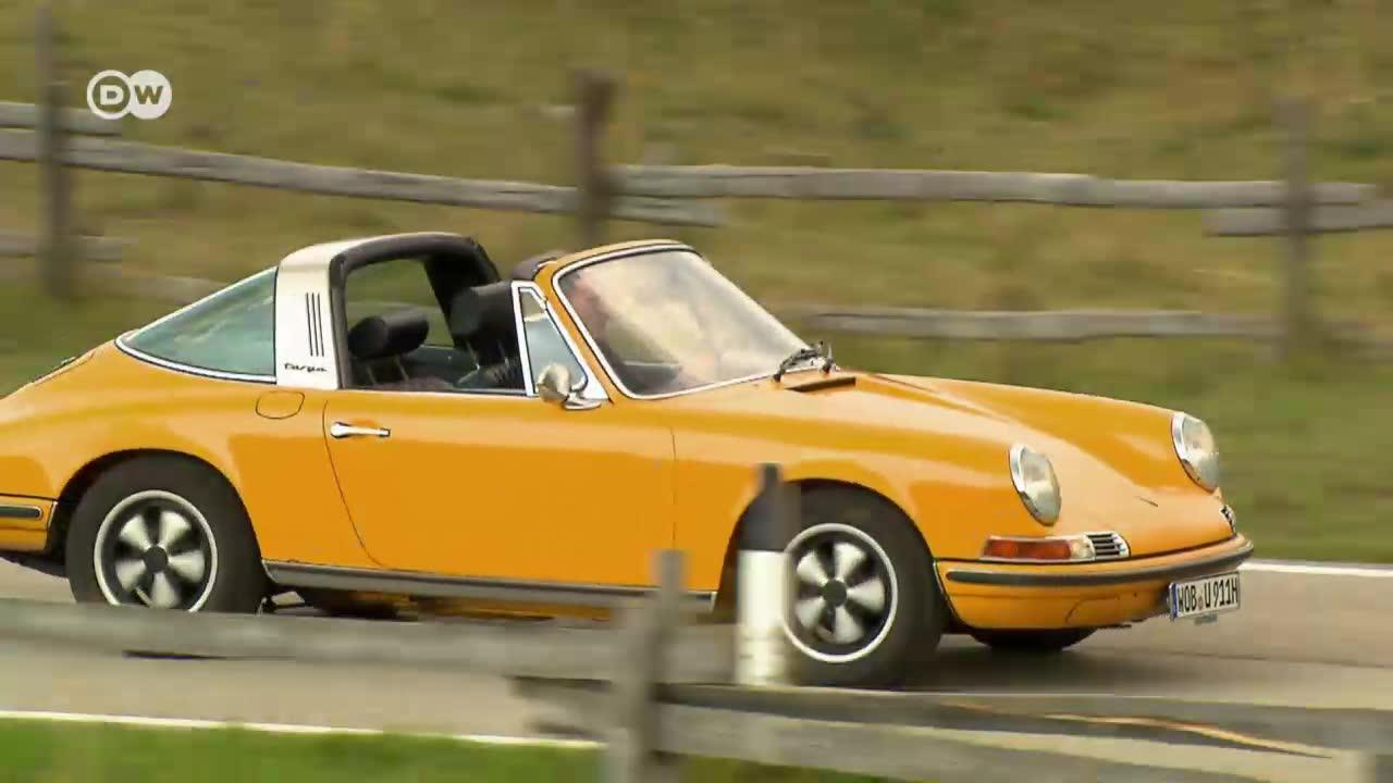 Classic car: porsche 911 targa