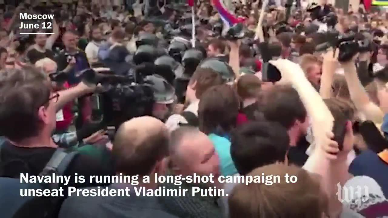 Hundreds arrested in Russian anti-corruption rallies