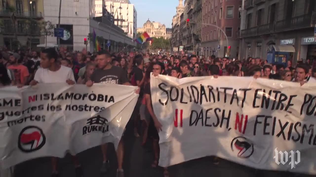 Nationalist And Anti-Fascist Groups Demonstrate In Barcelona