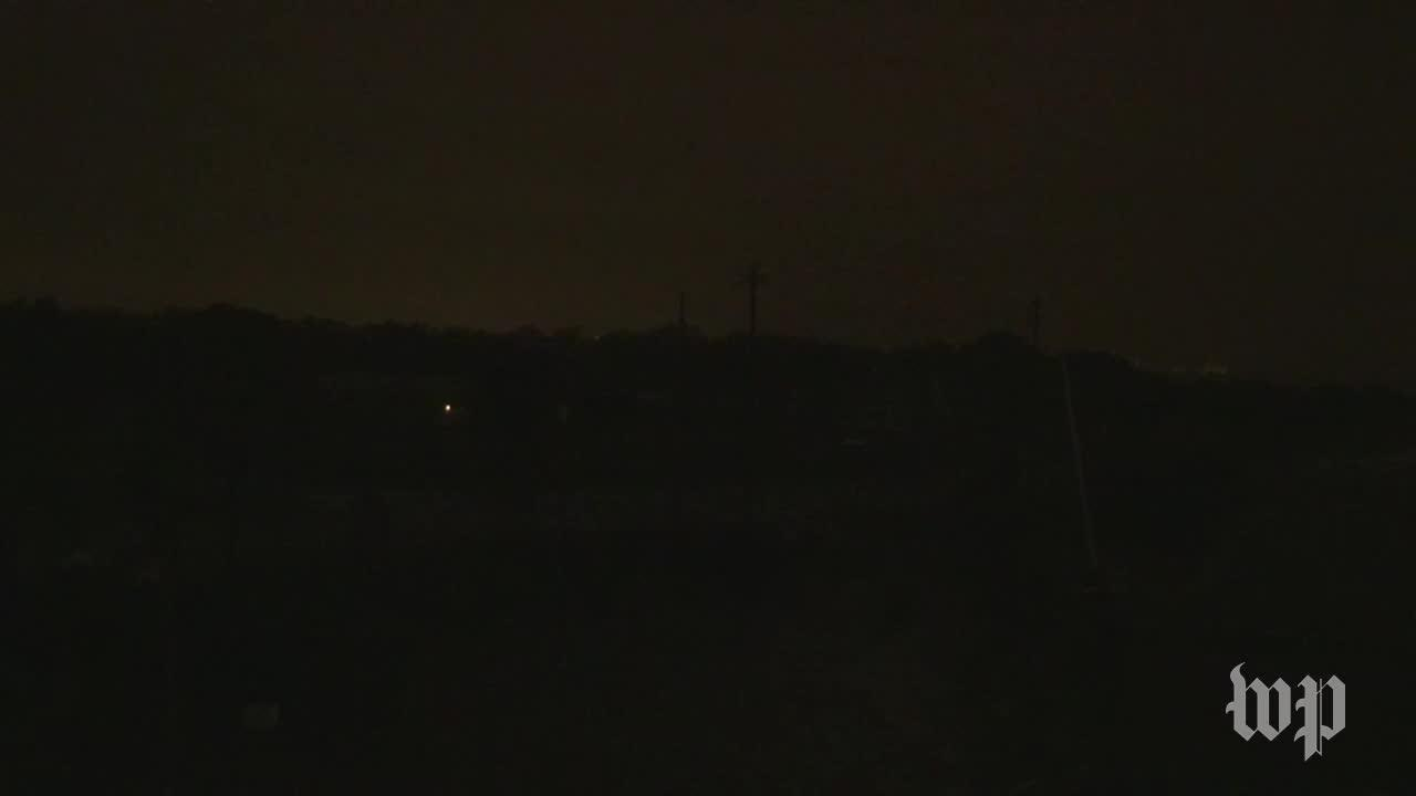 Video Captures Electrical Outage In Houston As Hurricane Harvey St_...