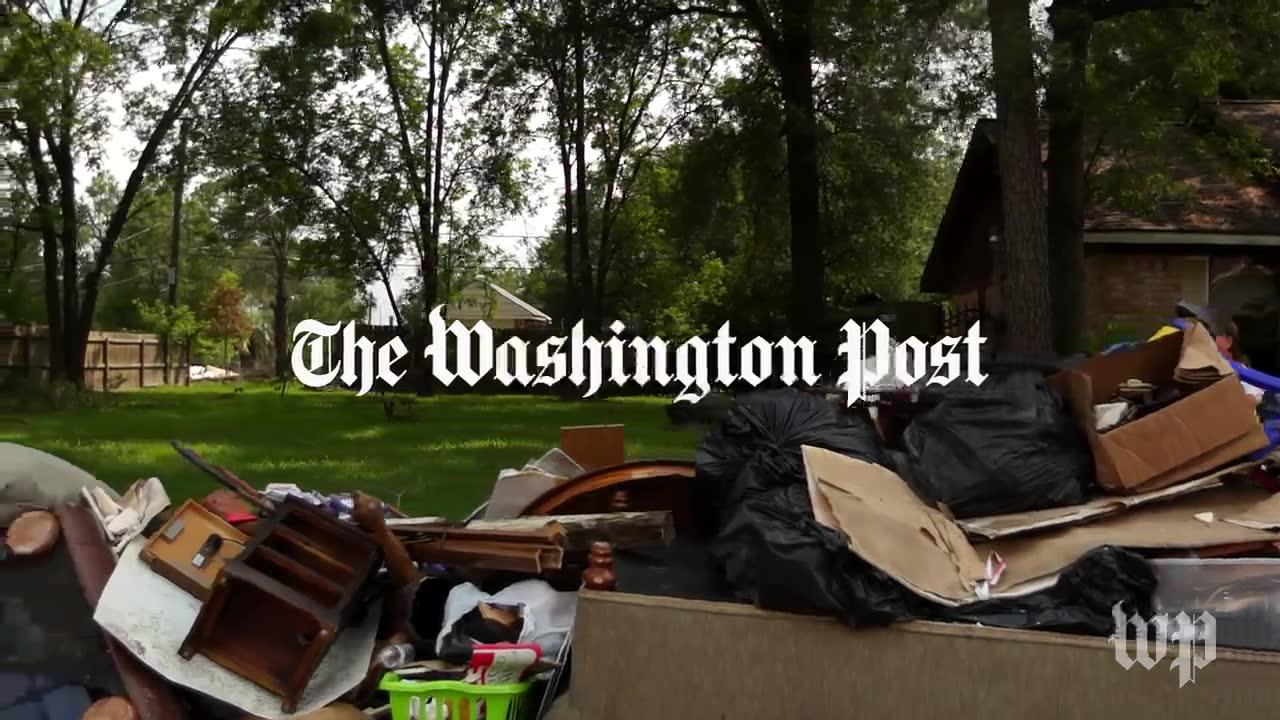 Mountains Of Trash Line A Houston Neighborhood As Residents Rebuild