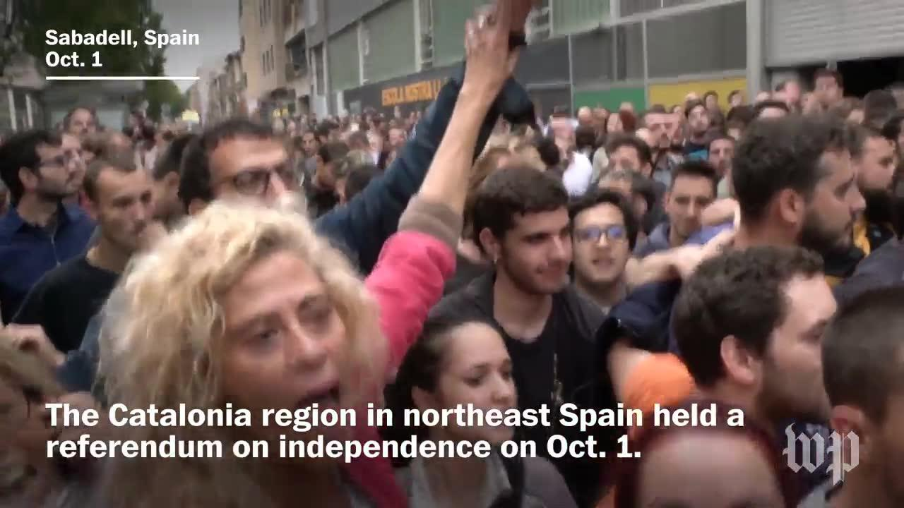 More Than 300 Injured In Clashes During Catalan Independence Vote
