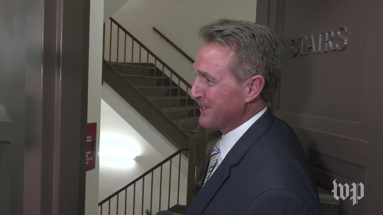 Flake Says He Won'T Endorse Moore