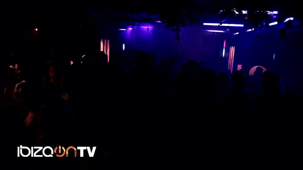 Ibiza - Maia Kanzyani Part 01
